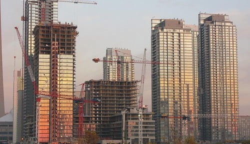 Benefits of Investing in a Pre-Construction Condo